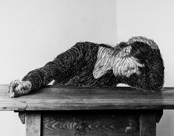 Ich bedrückt, 1-20, 1977/2013, Photo-etching on baryt paper, 24 x 30 cm each / framed installation 137 x 137,5 cm© Annegret Soltau und Galerie Anita Beckers