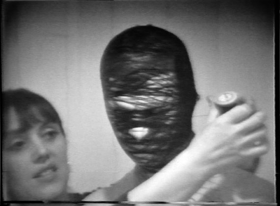 Körper-Zeichnung on 09.1.1976 (male), 1976, Video 4:3 (video still), 53 Min.© Annegret Soltau und Galerie Anita Beckers