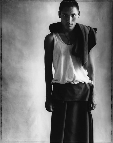 "© Sheila Rock: ""Portrait of a young monk"", 2002 / Courtesy Johanna Breede PHOTOKUNST"