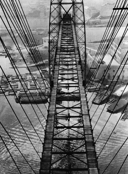 Fritz BlockPont Transbordeur (Transporter Bridge), Marseille, 1931Silbergelatine, 23,4 × 17,5 cm© Fritz Block Estate Archive, Stockholm/Hamburg