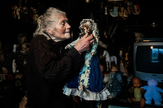from the series Marie-Claude, the doll lady © Mélanie Wenger / Cosmos