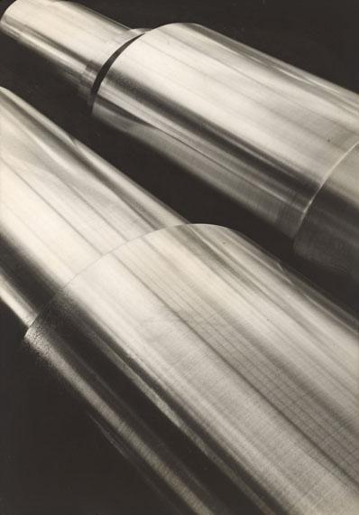 Margaret Bourke-White. Borsig Locomotive Works, Berlin. Circa 1930. Vintage. Gelatin silver print. 33,9 x 23,6 cm