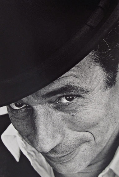 Jeanloup Sieff: Yves Montand, Paris, 1961