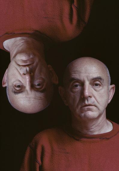 Duane Michals : UpsideDown © Duane Michals, Courtesy Galerie Clara Maria Sels, 2017