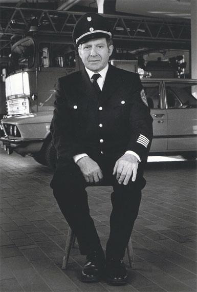 Dirk Reinartz: aus Besonderes Kennzeichen deutsch, Erlangen, Feuerwehr, Georg Hopp, 1987© Nachlass Dirk Reinartz