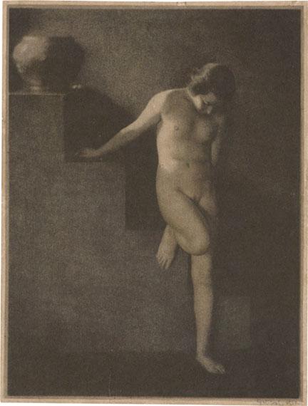 Lot 4146 Frantisek Drtikol. Nude study. 1920. Vintage oil pigment print