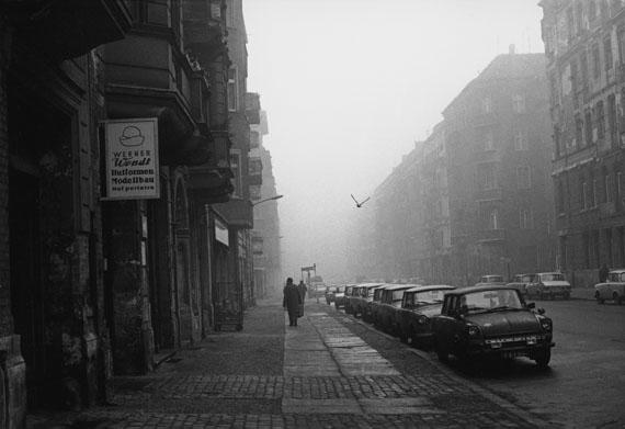 Helga Paris: Winsstraße mit Taube, 1970er-Jahre