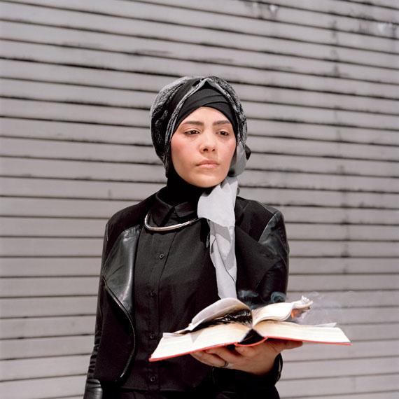 Alexandra Polina: Masks, Myths and Subjects, www.guteaussichten.org © Alexandra Polina