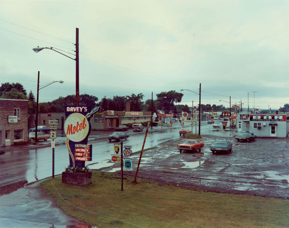 Stephen Shore, U.S. 2, Ironwood, Michigan, July 9, 1973© Stephen Shore, Courtesy Edwynn Houk Gallery
