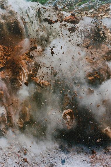 Naoya Hatakeyama, Blast, 2005, Set of 5 lambda print, 150 x 100 cm © Naoya Hatakeyama / SAGE Paris.