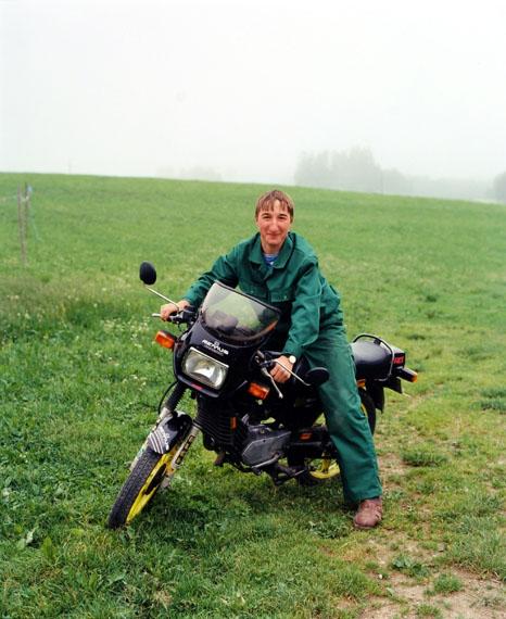 Bernhard FuchsJunger Mann mit Motorrad, Bad Leonfelden, 1995, (Young Man with Motorcycle)from the series Portraits, chromogenic print, Austrian Federal Photography Collection at the Museum der Moderne Salzburg© Bernhard Fuchs