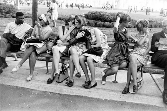 Garry Winogrand, World's Fair, New York,1964 © The Estate of Garry Winogrand, courtesy Fraenkel Gallery, San Francisco