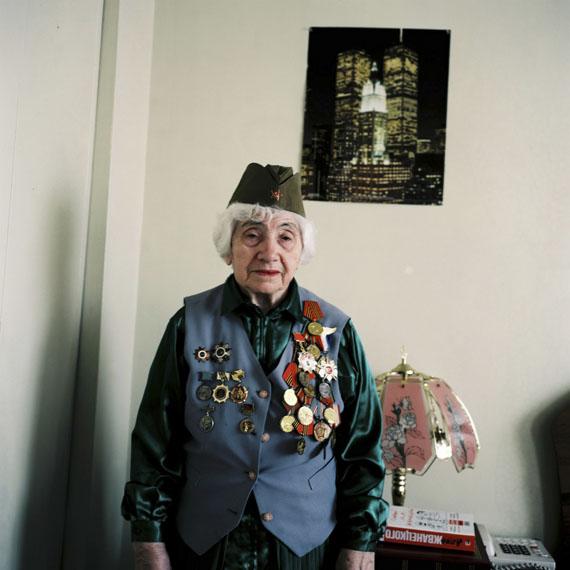 Lilla Sász: Comrades, 2010, Colour photograph, Courtesy of the artist and Inda Gallery, Budapest