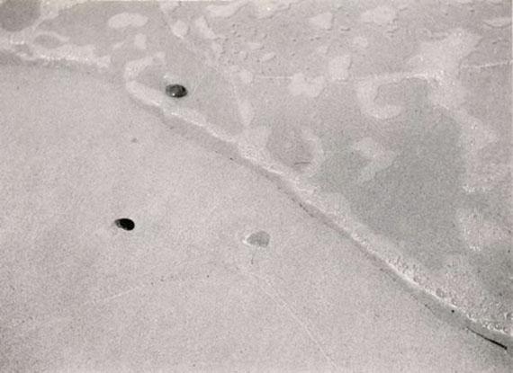 Raoul Hausmann, Untitled (Beach with Pebbles), ca. 1930, Gelatin silver print, 16.5 x 22.5 cm© Galerie Julian Sander