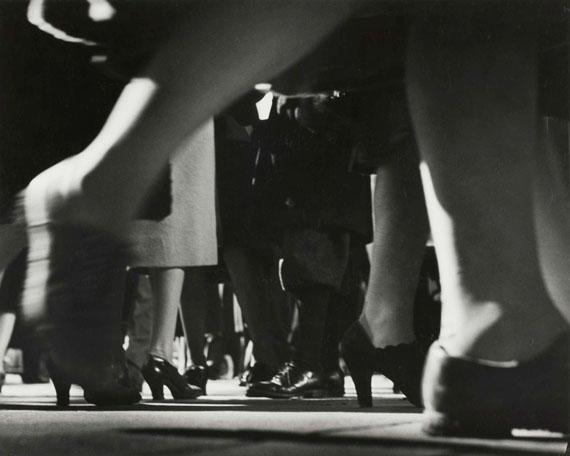 Lisette Model: Running Legs 42. Street, New York, 1940-1941© Estate of Lisette Model, courtesy Albertina, Vienna