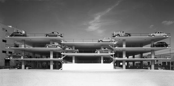 Ezra StollerMiami Parking Garage. Robert Law Weed and Associates. Miami, FL, 1949© Ezra Stoller, Courtesy Yossi Milo Gallery, New York