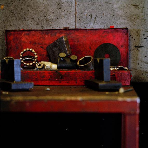 Garage Still #10/2014, Amsterdam, Analogue C-print © Jacquie Maria Wessels