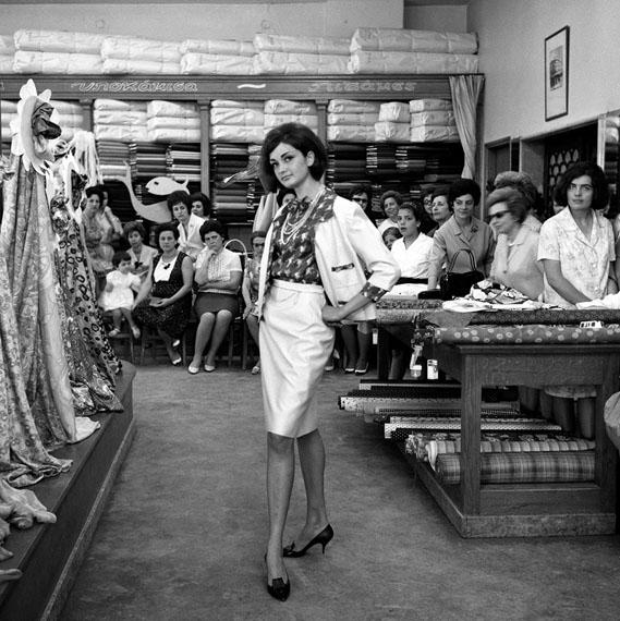 Dimitris Letsios, Koutsinas store fashion show© Dimitris Letsios Archive / Thessaloniki Museum of Photography