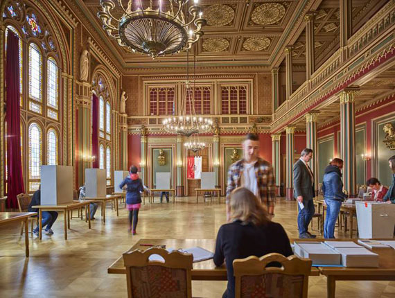 """Day 50: Zittau, Federal Election polling station located in the splendid """"Bürgersaal"""" of the Zittau-townhall. © Andreas Teichmann"""