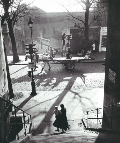 Willy Ronis: Avenue Simon Bolivar, Paris 1950