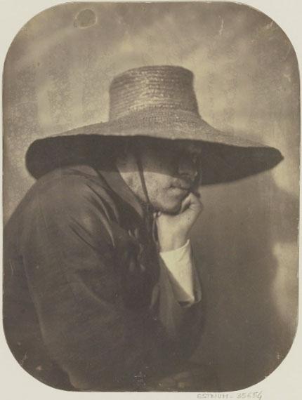 Autoportrait d'Adrien Tournachonau chapeau de paille vers 1854BnF, dép. Estampes et photographie