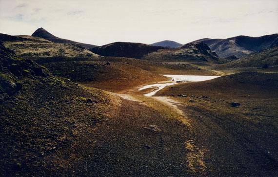 "OLAFUR ELIASSON (1967)""Island Series #7, 2000"".C-print. 60 x 90 cm.Unique. Framed.CHF 4 000 / 7 000 | (€ 3 330 / 5 830)"
