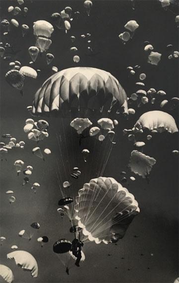 YAKOV RYUMKINIn Moscow Sky, 1951Vintage printStamp of Ryumkin, annotated by Lev Borodulin on verso39.4 x 26.1 cm
