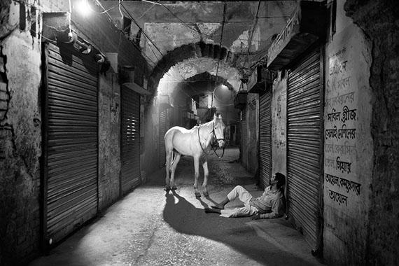 © Munem Wasif, Kheyal (still) Single channel, 23m30s, BW, Stereo, loop, 2018