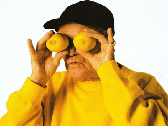 Abe Frajndlich, Jack Lemmon with Lemons, 1996, printed in 1998, 50 x 40 cm, c-print