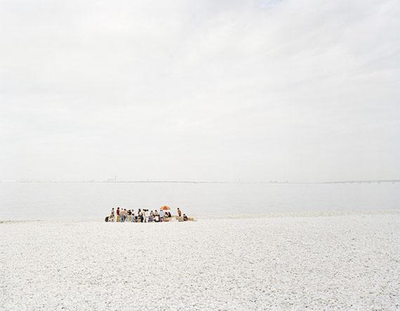 Robert Voit: Strand II, Japan, 1998, C-Print, 125 x 155 cm, Ed. 6 + 2 AP