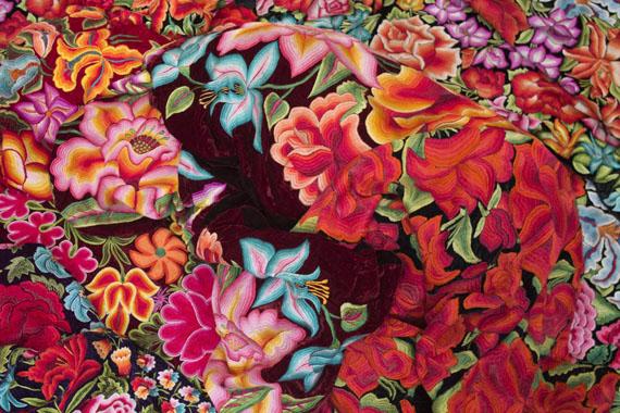 Alia Ali, Isthmus, aus der Serie Borderland, 2017, Direktdruck auf Alu-Dibond, 250 x 167 cm© Alia Ali, Galerie—Peter—Sillem