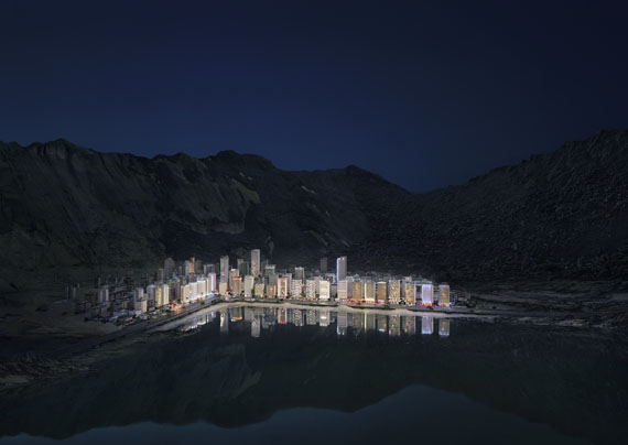 """Thomas Wrede: Stadt am See (from the series """"Real Landscapes""""), 2018"""