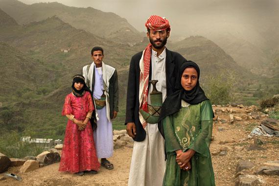 Child brides, Hajjah, Yemen  ©  Stephanie Sinclair 2010
