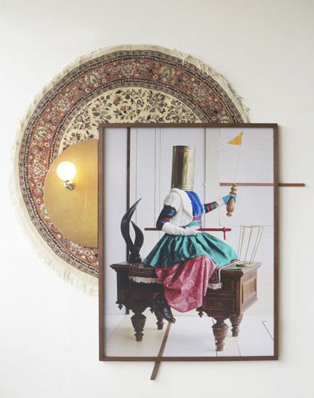 Jean D'Esk, 2018/19, c-print, found object, light bulb 270 x 220 x 25 cm, Unique piece© Thorsten Brinkmann & VG Bildkunst Bonn 2018