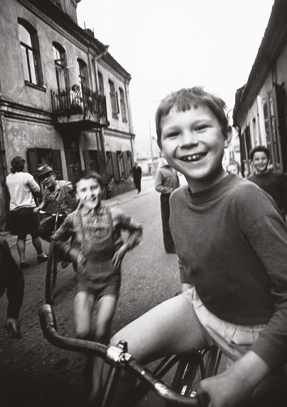 Antanas Sutkus. Boy from the old town. Vilnius, 1970 © Antanas Sutkus Archive, Vilnius