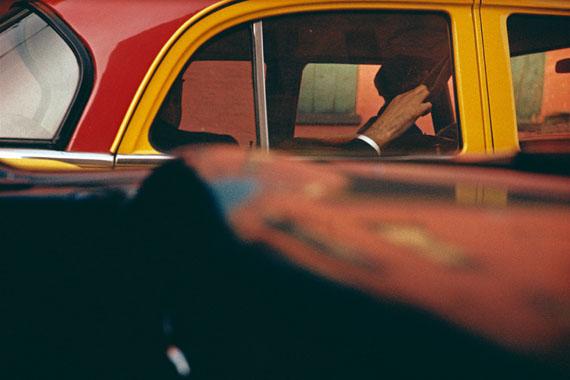 Saul Leiter, Taxi, ca. 1957 © Saul Leiter Foundation