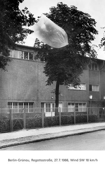 © Bertien van Manen, Sofia 2002