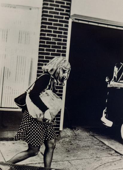 Lynn HERSHMANRoberta on Her Way to Work, 1978Gelatin silver print Vintage33.8 × 28.9 Size (cm)ShanghART Gallery