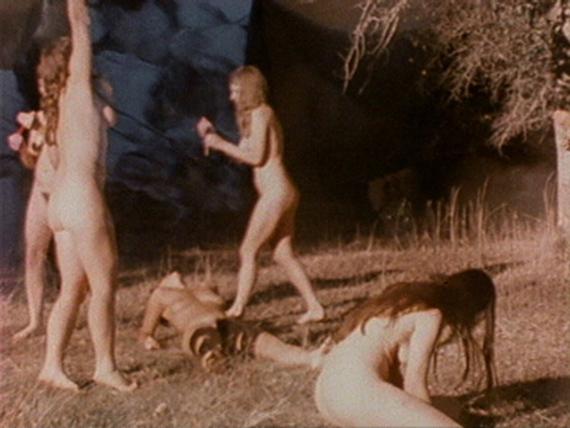 BARBARA HAMMER, DYKETACTICS, 1974, 16 MM FILM ON VIDEO, 4', COURTESY ELECTRONIC ARTS INTERMIX (EAI), NEW YORK