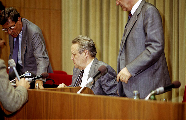 José Giribás Marambio: The historical press conference after the meeting of the Central Committee
