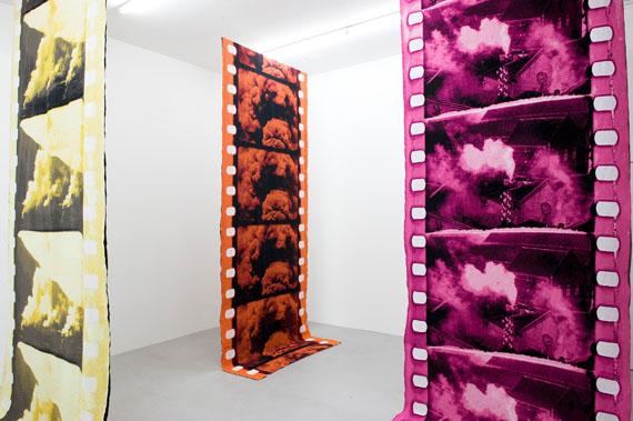 Alexandra Navratil: All That Slides, Strikes, Rises and Falls, 2015 © Alexandra Navratil / Dan Gunn Gallery, London Photo: Installation view BolteLang, Zurich © Alexander Hana