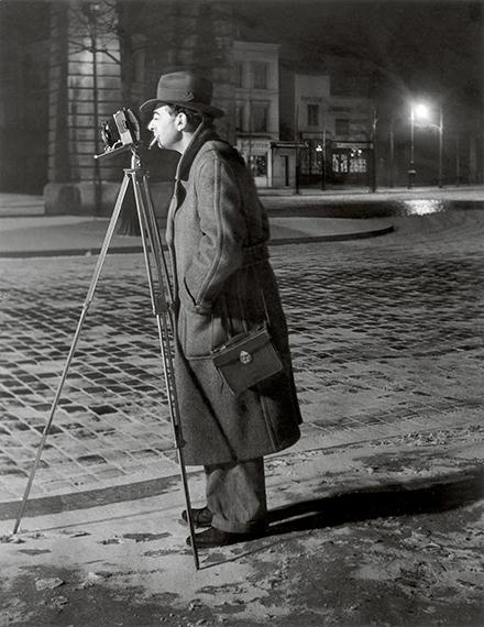 On the Boulevard Saint Jacques, 1930-1932 © Estate Brassaï Succession, Paris