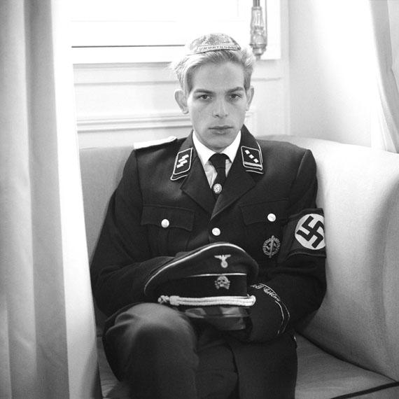 Benyamin Reich: Hershy my brother as unorthodox SS men, Adlon Berlin, 2018, 31 x 25 cm, Edition of 5