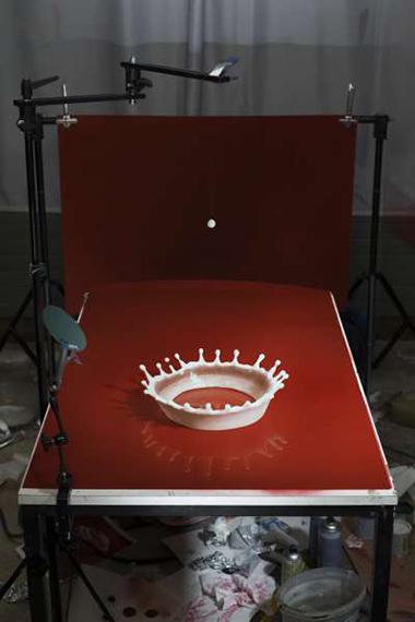 Making of 'Milk Drop Coronet' (by Harold Edgerton, 1957) 2016105 x 70 cm, Edition6 + 1APDigital C-type printLarger size available / 180 x 120 cm / in an edition of 3 + 1AP© Cortis & Sonderegger, 2019 THE RAVESTIJN GALLERY