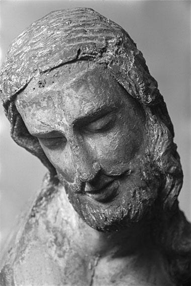 Kruzifixus aus einer Kreuzabnahme, Köln, um 1230–40fotografiert von Alfred Tritschler 1948Museum Schnütgen, Köln © Dr. Paul Wolff & Tritschler, Historisches Bildarchiv, Offenburg