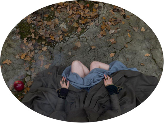 Katerina Belkina: Snowwhite. The Gift, 112 x 150, photograp, edition 8