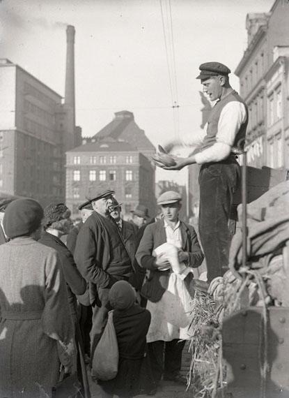 Altonaer Fischmarkt – Bananenhöker, 1930-33Foto ©bpk-Bildagentur – Fide Struck (Slg. Thomas Struck)