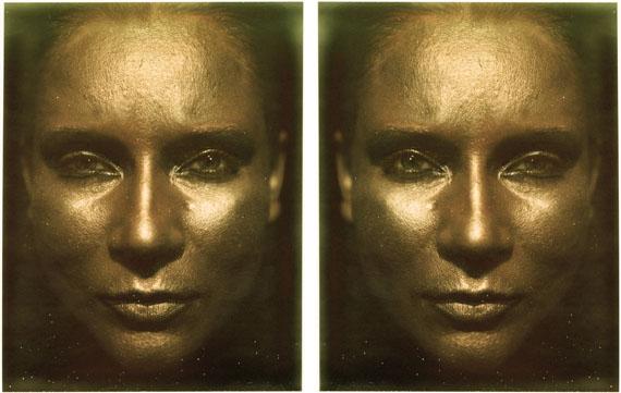 Katharina SieverdingDIE SONNE UM MITTERNACHT SCHAUEN III/196, 7 A-B, 1973je: 190 x 125 cmFoto: Klaus Mettig