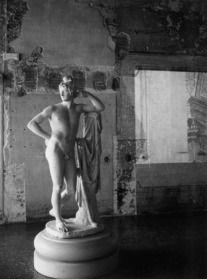Barbara KlemmPalazzo Fortuny, Venedig, 2015Gelatin silver print, signed40 x 30 cm