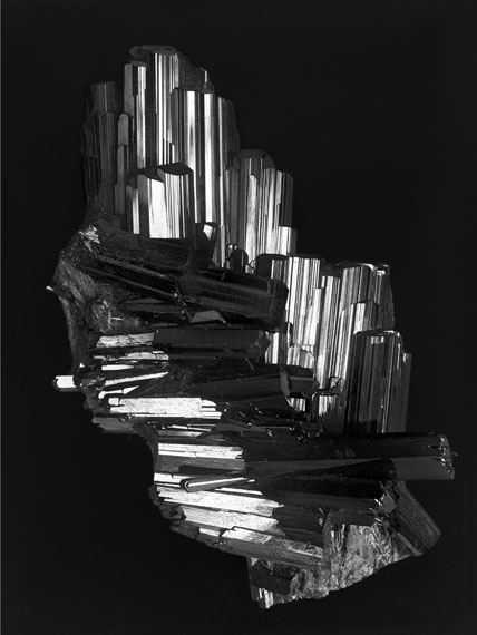 Alfred EhrhardtEpidot, Knappenwand, Untersulzbachtal / Epidote, Knappenwand, UntersulzbachtalGlasnegativ / Glass plate negative 1938/1939, reprinted 201980 x 60 cm© Alfred Ehrhardt Stiftung